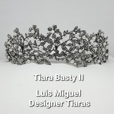 Tiara Basty II